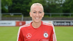 Die deutsche Fußball-Nationalspielerin Mandy Islacker © imago/foto2press