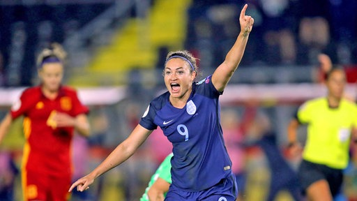 Englands Jodie Taylor